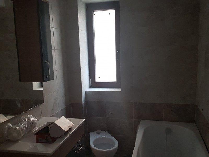 Apartament nou de vanzare, 3 camere Decomandat  Bucium -13