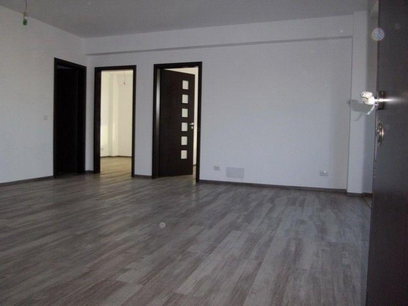 Apartament nou de vanzare, 3 camere Decomandat  Pacurari -8