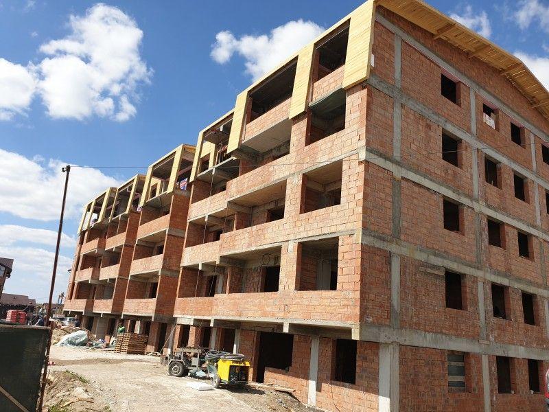 Apartament nou de vanzare, 3 camere Decomandat  Pacurari -10