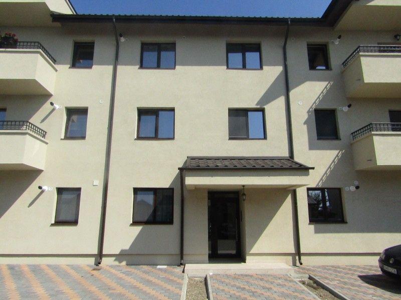 Apartament nou de vanzare, 3 camere Decomandat  Valea Lupului -1