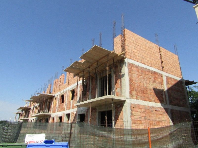 Apartament nou de vanzare, 3 camere Decomandat  Valea Lupului -2