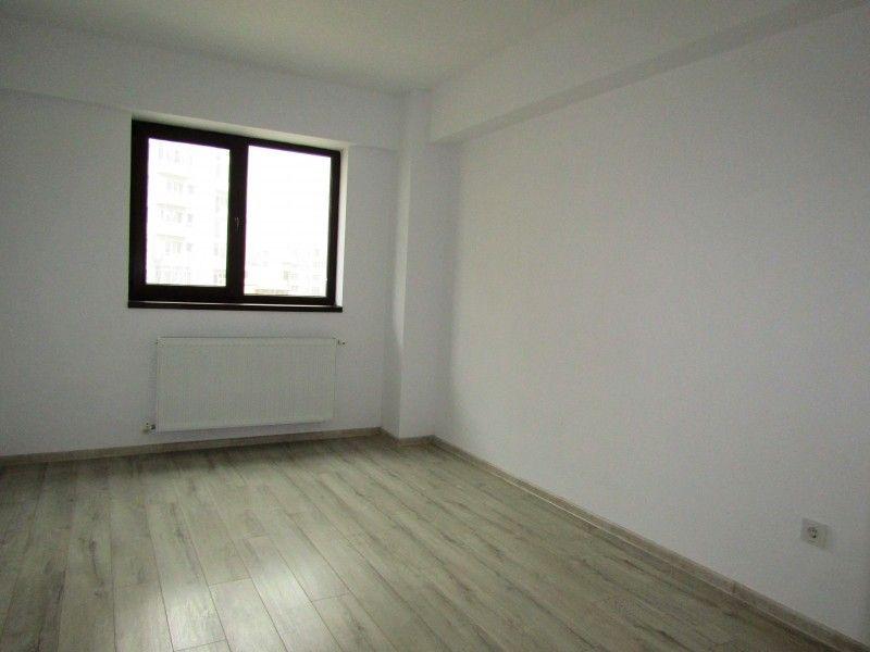 Apartament nou de vanzare, 3 camere Nedecomandat  CUG -4
