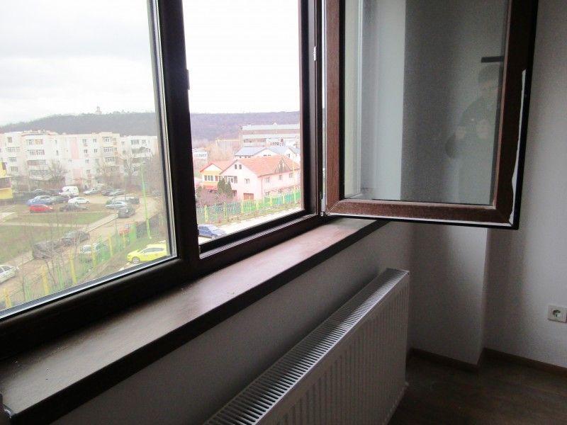 Apartament nou de vanzare, 3 camere Nedecomandat  CUG -6