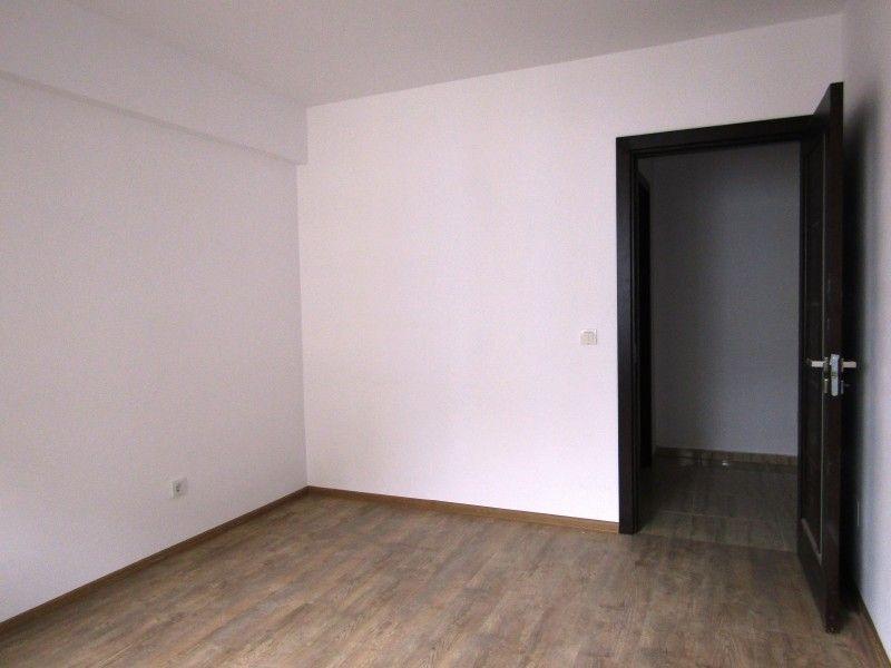 Apartament nou de vanzare, 3 camere Nedecomandat  CUG -7