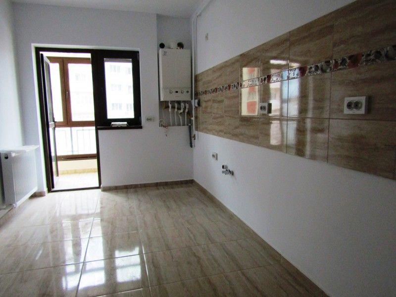 Apartament nou de vanzare, 3 camere Nedecomandat  CUG -8