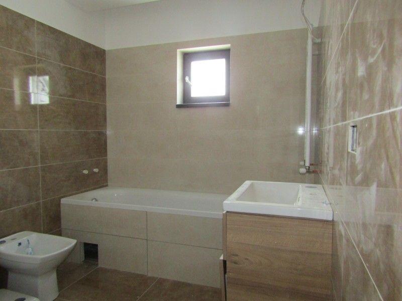 Apartament nou de vanzare, 3 camere Semidecomandat  Bucium -4