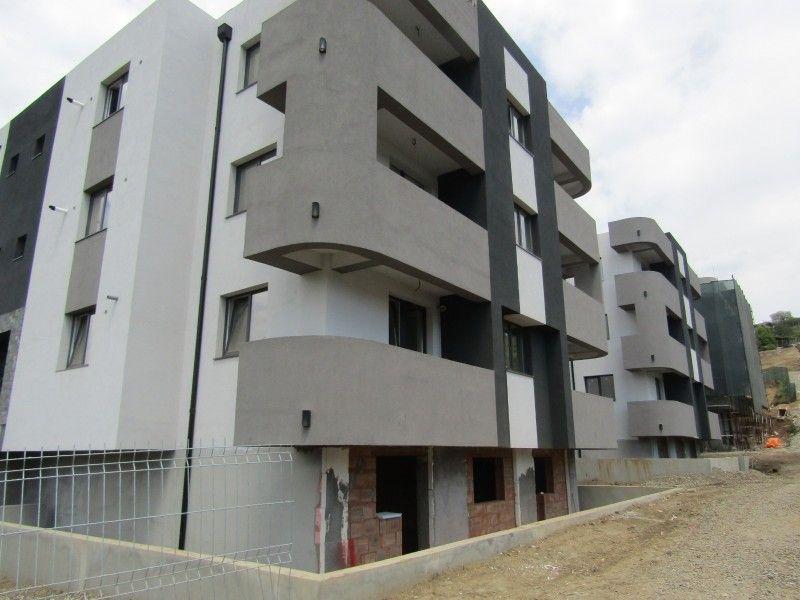 Apartament nou de vanzare, 3 camere Semidecomandat  Bucium -6