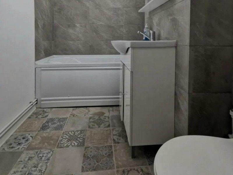 Apartament nou de vanzare, 3 camere Semidecomandat  Tatarasi -6