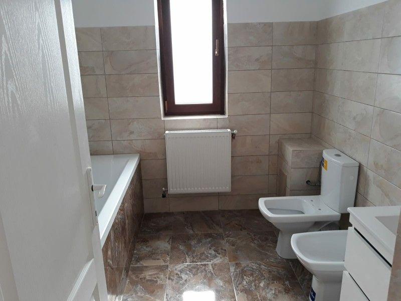 Apartament nou de vanzare, 3 camere Semidecomandat  Visani -11