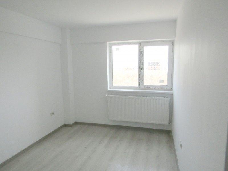 Apartament nou de vanzare, o camera Decomandat  Nicolina -1