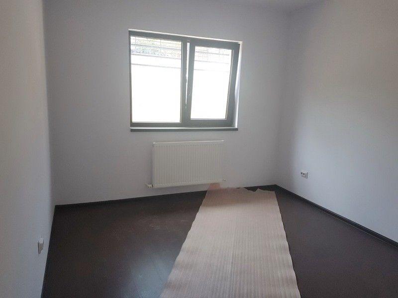 Apartament nou de vanzare, o camera Decomandat  Nicolina -3