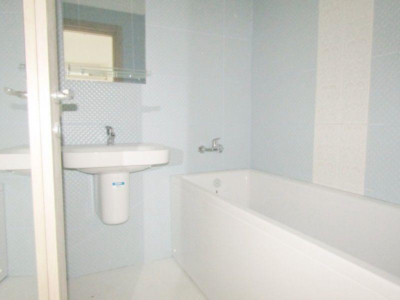 Apartament nou de vanzare, o camera Decomandat  Nicolina -5