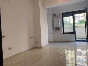Apartament nou de vanzare, o camera Decomandat  Pacurari