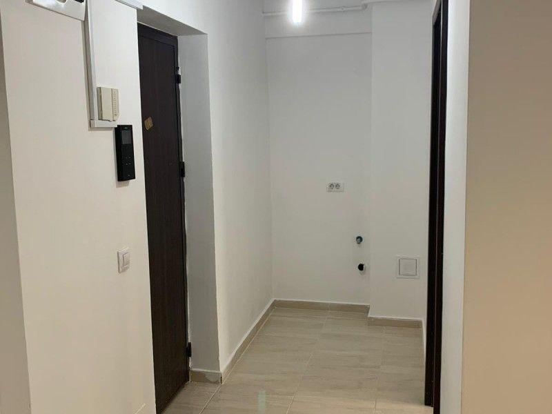 Apartament nou de vanzare, o camera Decomandat  Pacurari -13