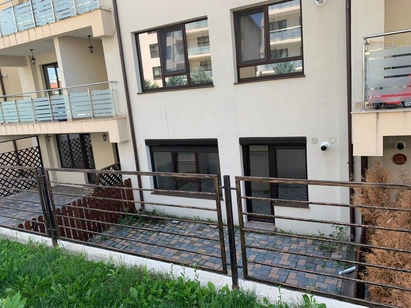 Apartament nou de vanzare, o camera Decomandat  Pacurari -14