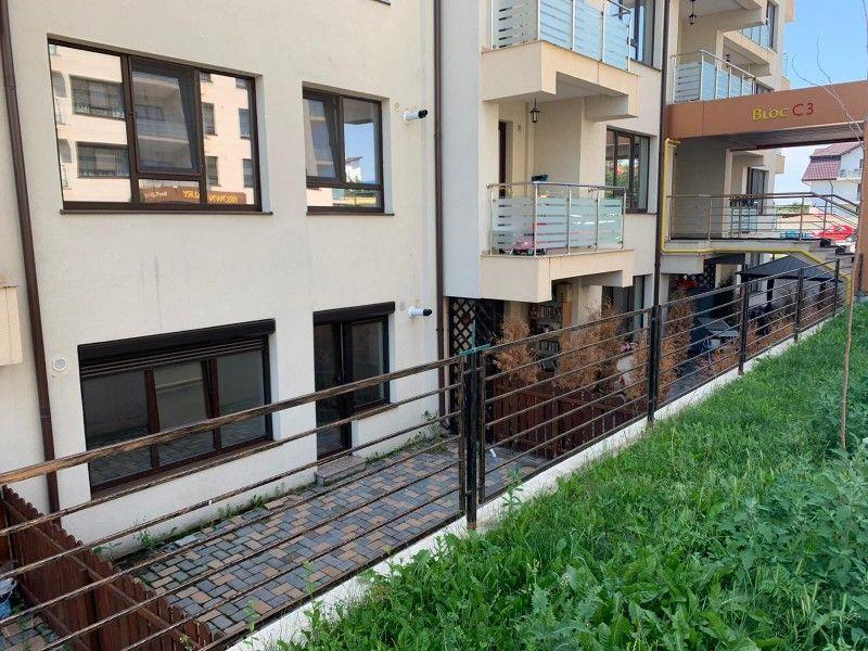 Apartament nou de vanzare, o camera Decomandat  Pacurari -18