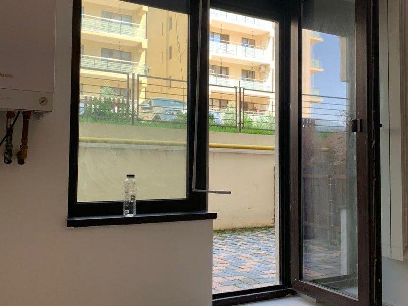 Apartament nou de vanzare, o camera Decomandat  Pacurari -19