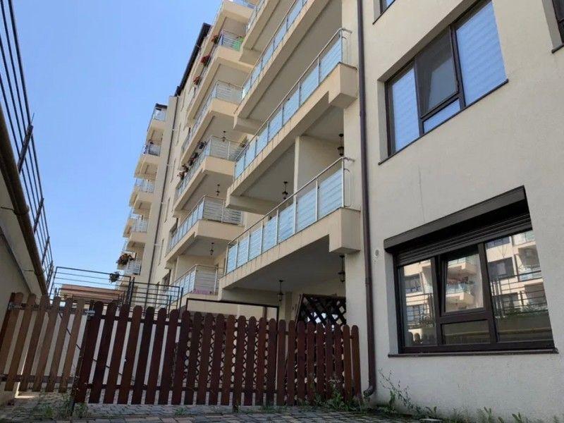 Apartament nou de vanzare, o camera Decomandat  Pacurari -22