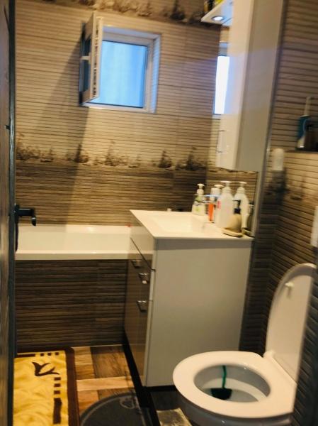 Apartament renovat, mobilat si utilat-11