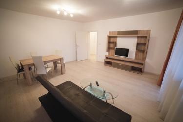Apartamente mobilate de 3 camere
