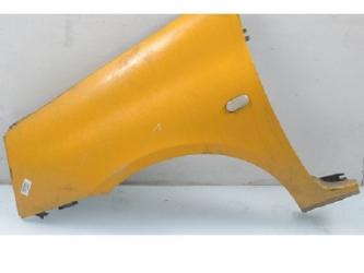 Aripa stanga Renault Clio II 98 - 09 vopsita galben Produs Nou