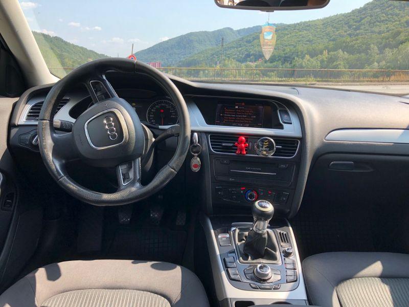 Audi A4 B8 2012-5