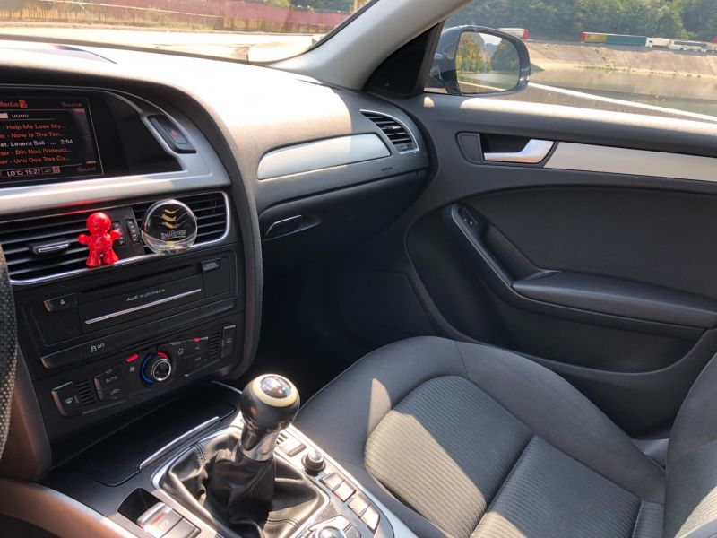 Audi A4 B8 2012-7