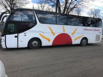 Autocar Scania si autobuz Volvo