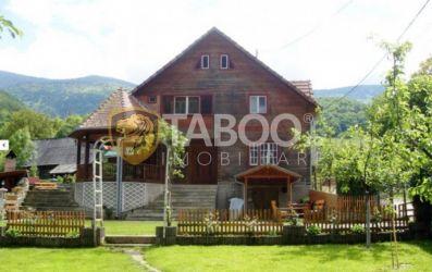 Cabana 7 camere decomandate 980 mp teren Raul Sadului Sibiu