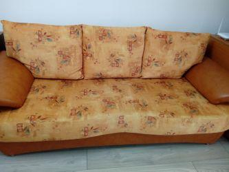 Canapea extensibila cu depozitare