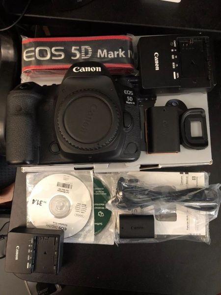 Canon EOS 5d Mark IV 30.4 Mp Digital SLR Kamera Mit / 3Lens W / Matt B-2