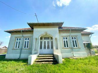 Casa 130mp si teren intravilan 4064mp Scutelnici, Buzau