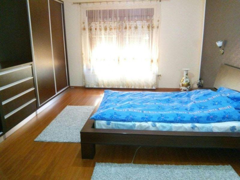 Casa 5 camere, singur in curte  - Zona Turnisor-1
