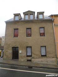 Casa cu 10 camere de vanzare
