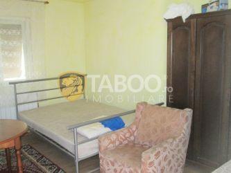 Casa cu 2 camere de inchiriat in Sebes judetul Alba