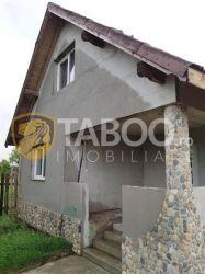 Casa cu 2 camere de vanzare in Lancram judetul Alba