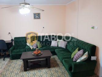 Casa cu 3 camere de inchiriat in Sebes zona Centrala
