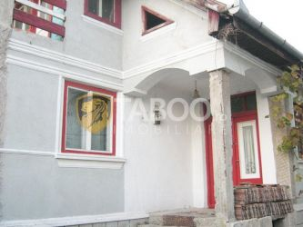 Casa cu 3 camere de vanzare in Daia Romana judetul Alba