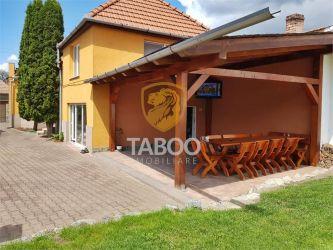 Casa cu 4 camere de vanzare in Sebes zona Centrala