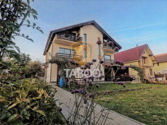 Casa cu 5 camere si 900 mp teren de vanzare langa Padurea Dumbrava