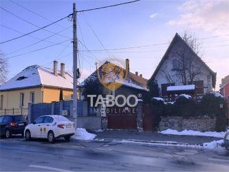 Casa cu 6 camere si 500 mp teren de vanzare zona Calea Dumbravii Sibiu