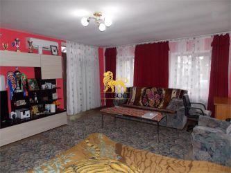 Casa cu 7 camere decomandate de vanzare in Sibiu zona Turnisor