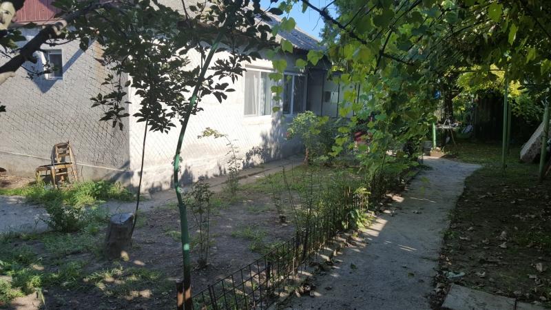 Casa cu teren de vanzare Ovidiu 720 mp-1
