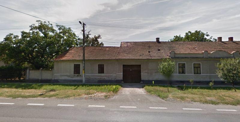 Casa cu teren total 1871 mp la Paulis-1