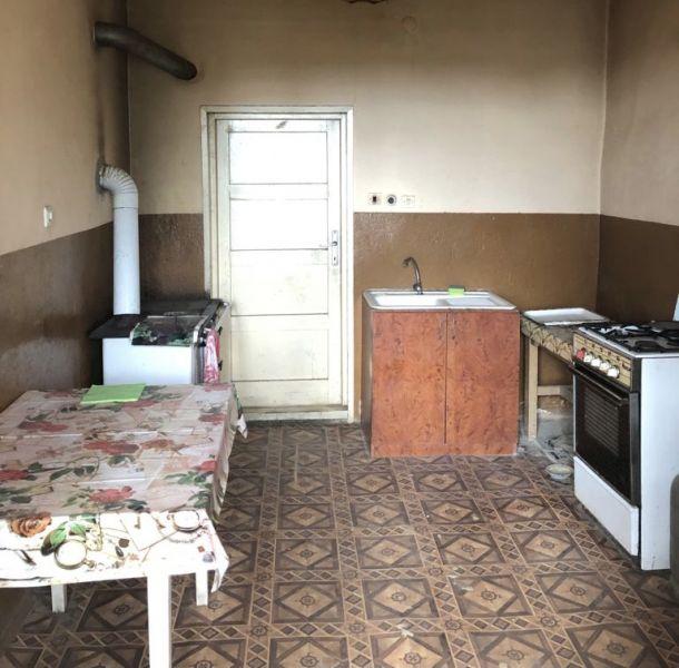 Casa cu teren total 1871 mp la Paulis-4