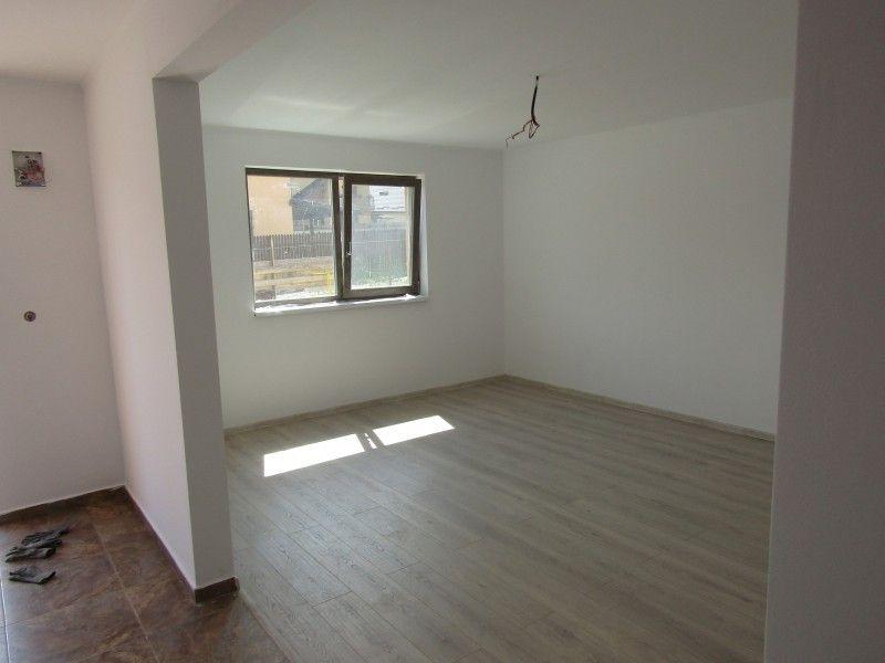 Casa de vanzare, 3 camere   Horpaz -3