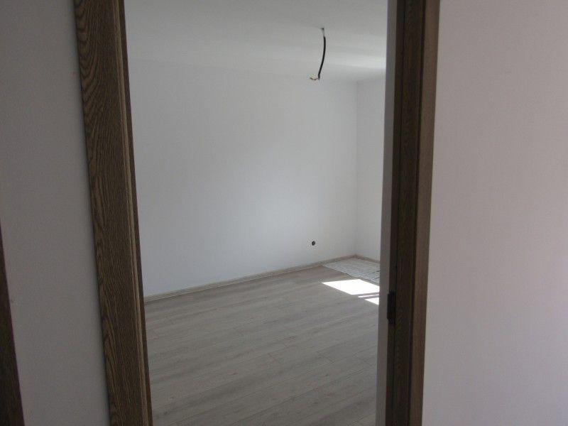 Casa de vanzare, 3 camere   Horpaz -5