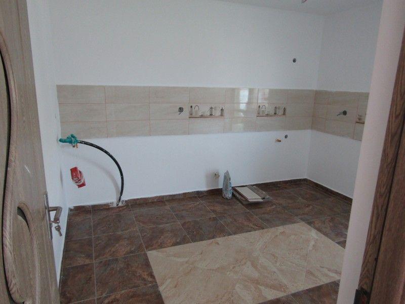 Casa de vanzare, 3 camere   Horpaz -6