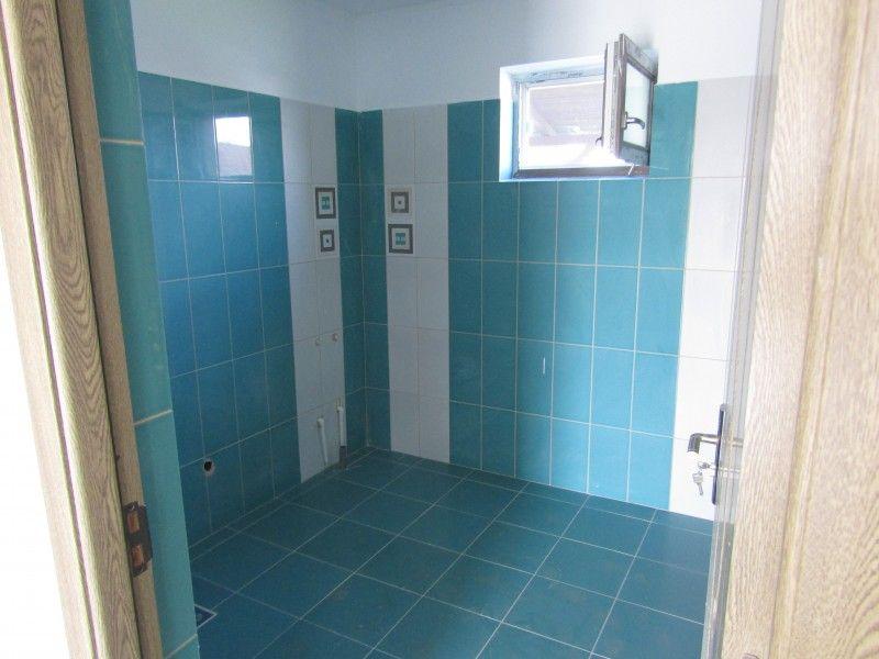 Casa de vanzare, 3 camere   Horpaz -7