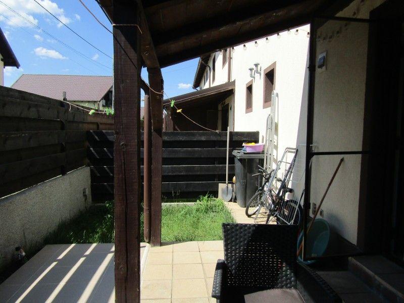 Casa de vanzare, 3 camere   Lunca Cetatuii -4